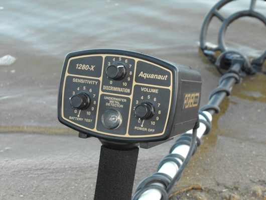 Detector de metales para playa Fisher 1280X